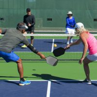 Best Pickleball Paddles for Beginners – 2019 Edition